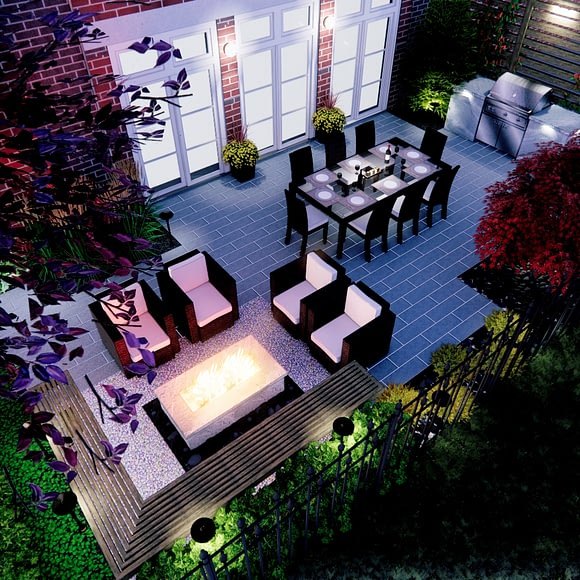 Charming Courtyard with Fire Pit and Screening